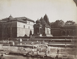 View of a temple at the Kundas or bathing places, Nasik 12517